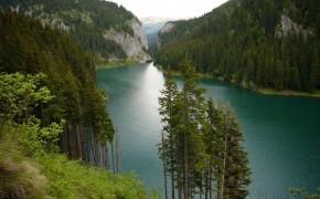 Lacul Bolboci –  Muntii Bucegi